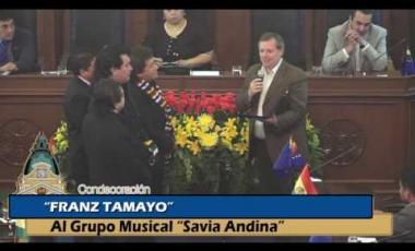 """Embedded thumbnail for Condecoración Franz Tamayo al Grupo Musical """"Savia Andina"""""""
