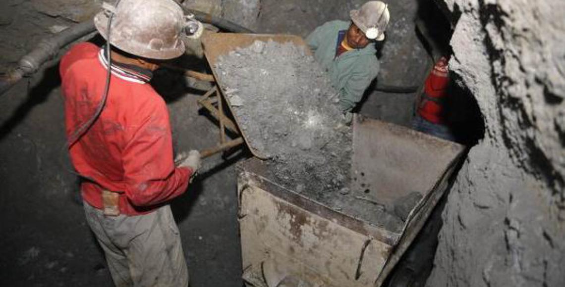 Senado sanciona dos leyes que aprueban 85 Contratos Administrativos Mineros para cinco departamentos